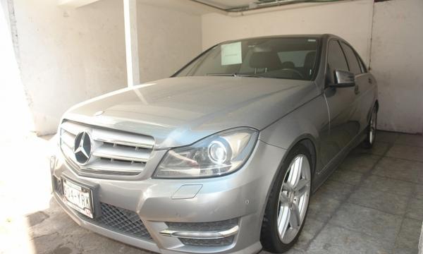 Mercedes Benz Clase Interior 5