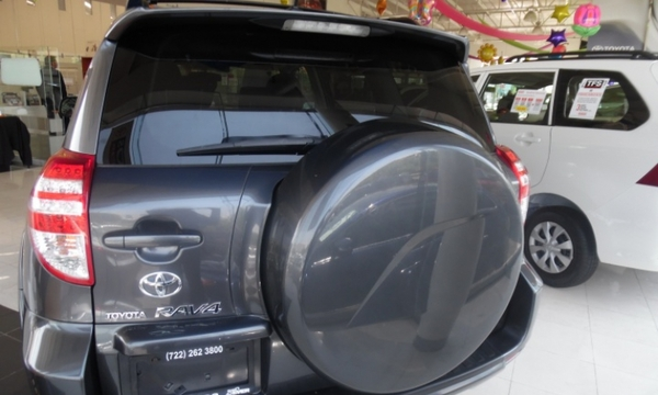 Toyota RAV 4 Arriba 1