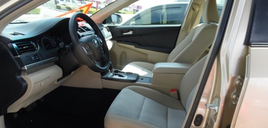 Toyota Camry Asientos 3