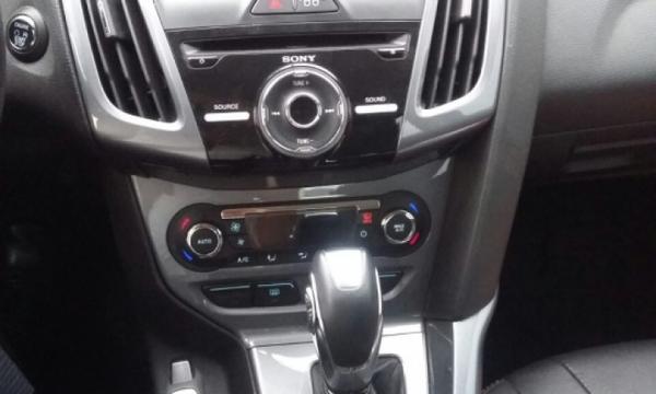 Ford Focus Tablero 4