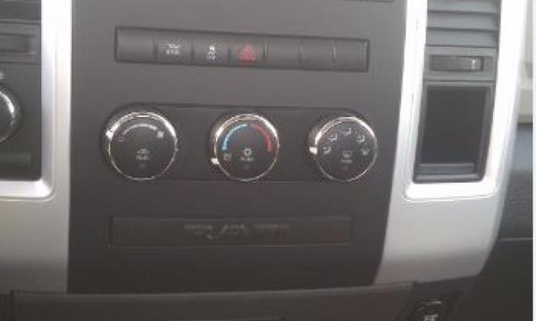 Dodge RAM Lateral derecho 10