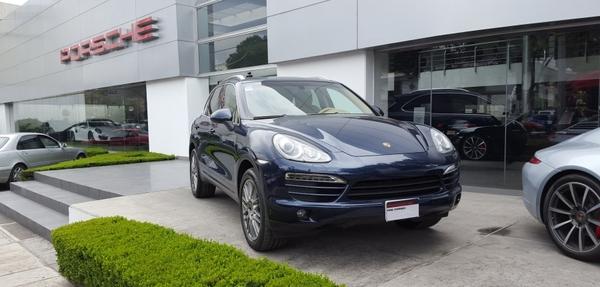 Porsche Cayenne Tiptronic (300Hp) 2012