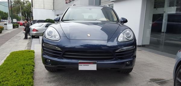 Porsche Cayenne Lateral izquierdo 5