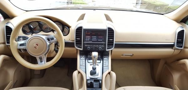 Porsche Cayenne Tablero 2