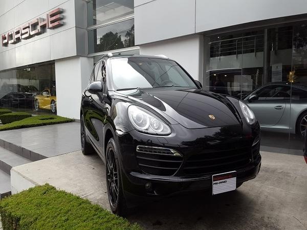 Porsche Cayenne Lateral derecho 6
