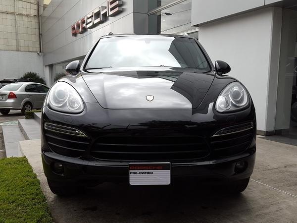 Porsche Cayenne Frente 2