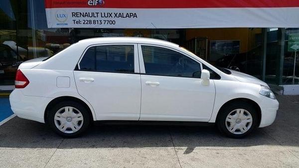 Nissan Tiida Sedan Llantas 3
