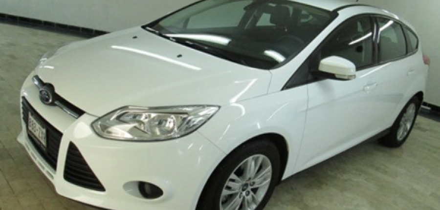 FORD FOCUS Asientos 10