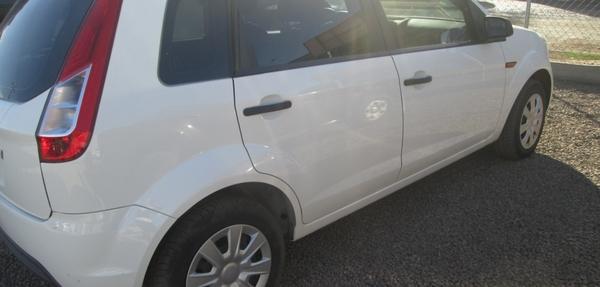 Ford Fiesta Hatchback Tablero 8