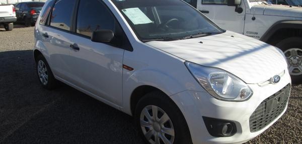 Ford Fiesta Hatchback Llantas 7