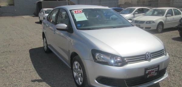 Volkswagen Vento Lateral derecho 7
