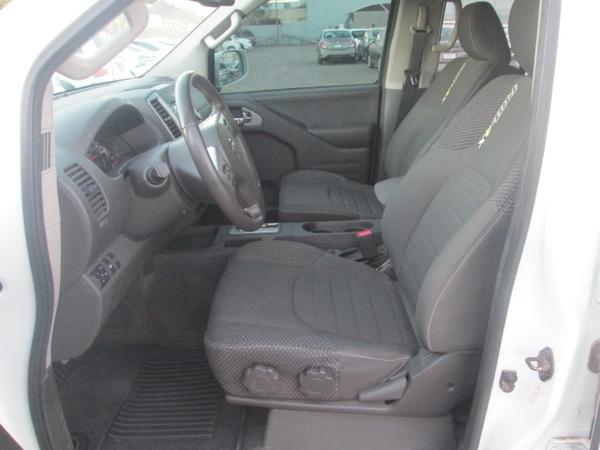 Nissan Frontier Asientos 12