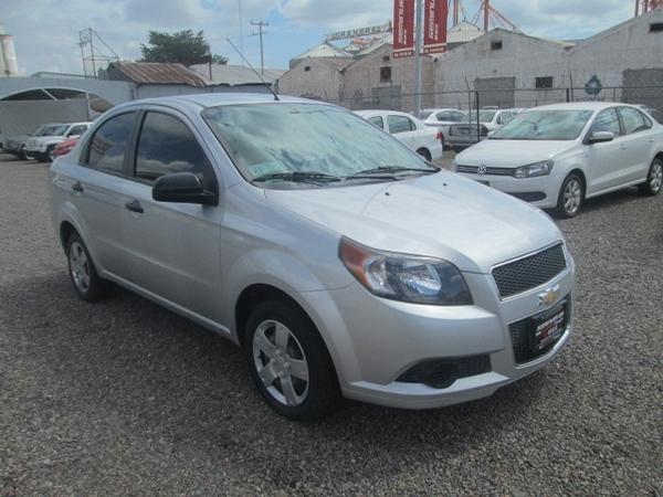 Chevrolet Aveo Asientos 1