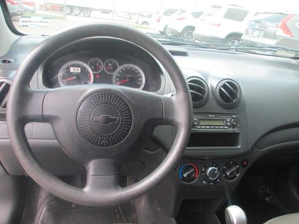 Chevrolet Aveo Arriba 9