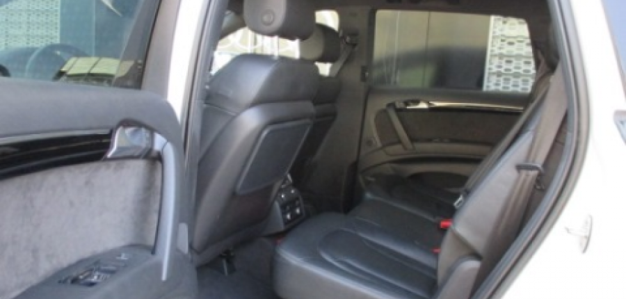 Audi Q7 Lateral derecho 8