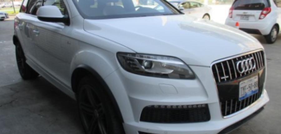 Audi Q7 Lateral izquierdo 1