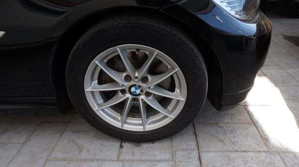 BMW Serie 3 Atrás 2