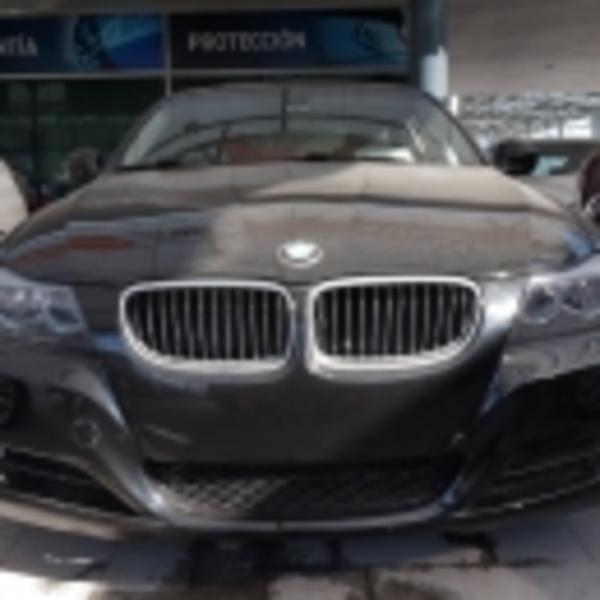 BMW Serie 3 Interior 17