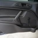 Ford Fiesta Sedán Interior 6