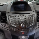 Ford Fiesta Sedán Arriba 13