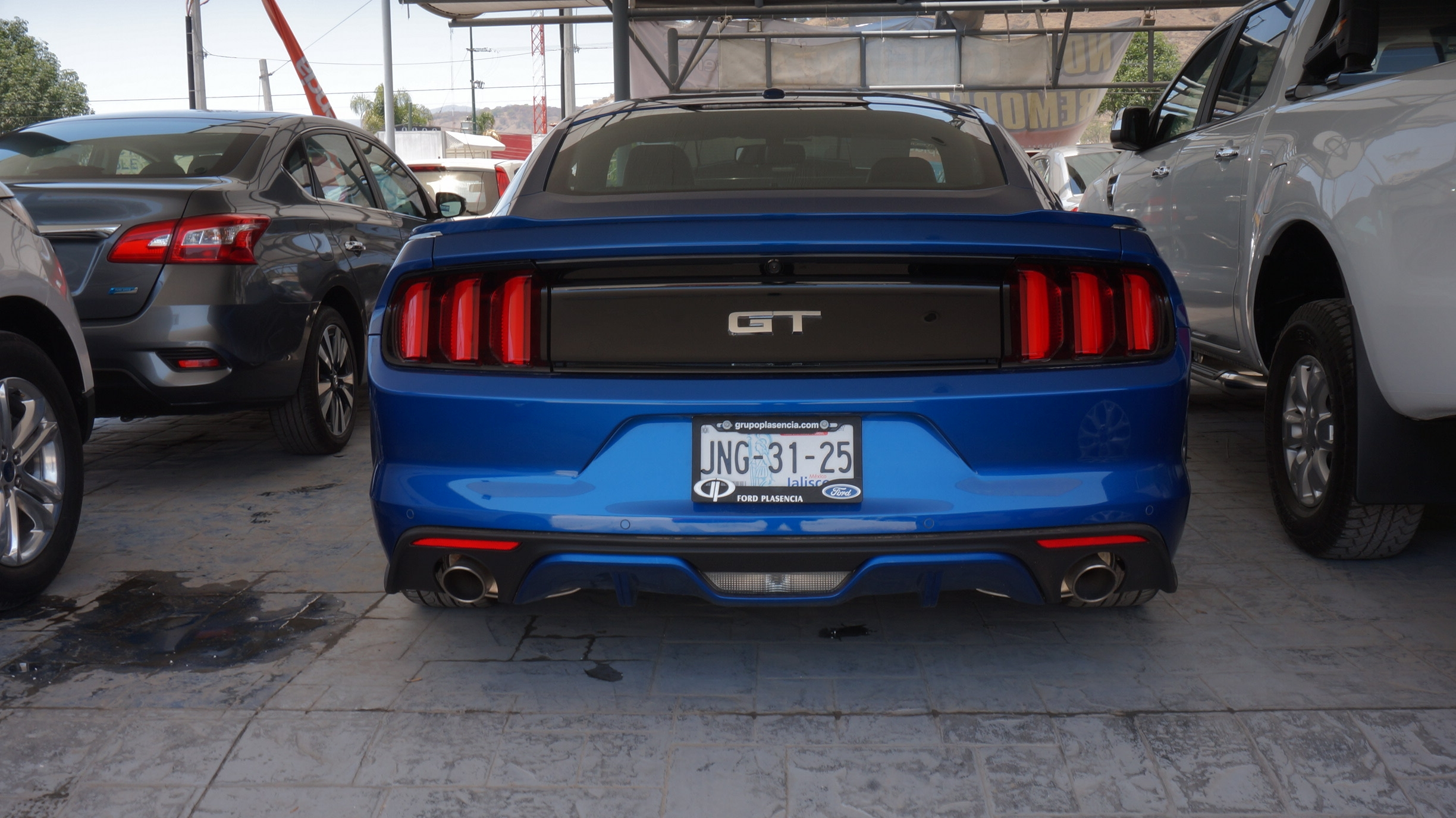 Ford Mustang Arriba 5