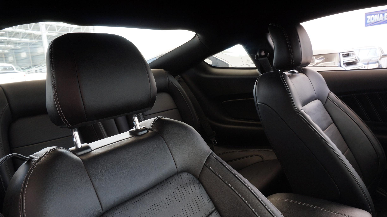 Ford Mustang Llantas 14
