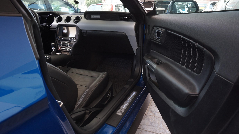 Ford Mustang Asientos 17