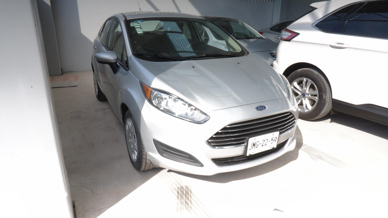 Ford Fiesta Sedán Asientos 5