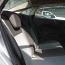 Ford Fiesta Sedán Interior 9