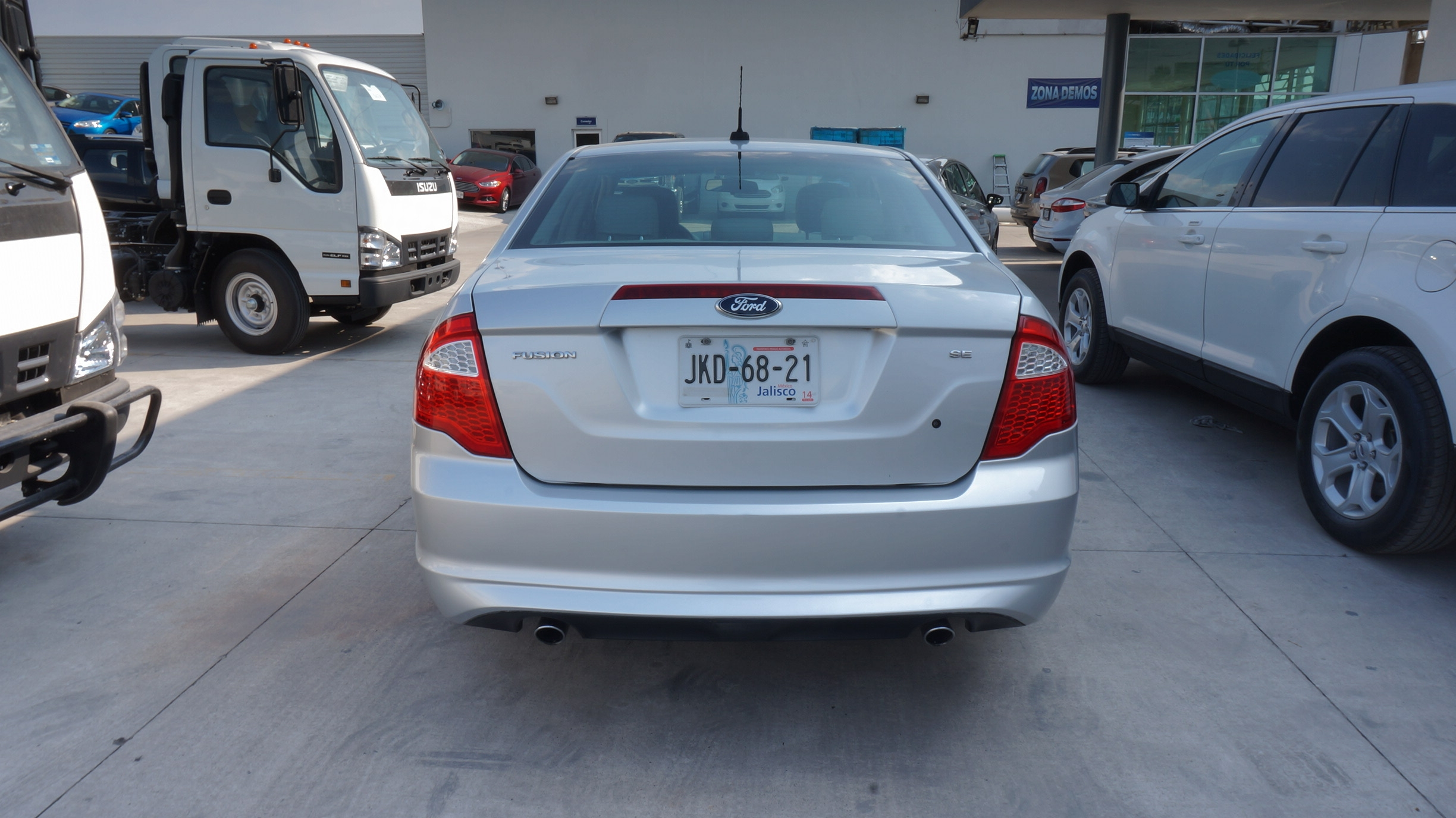 Ford Fusion Lateral derecho 7