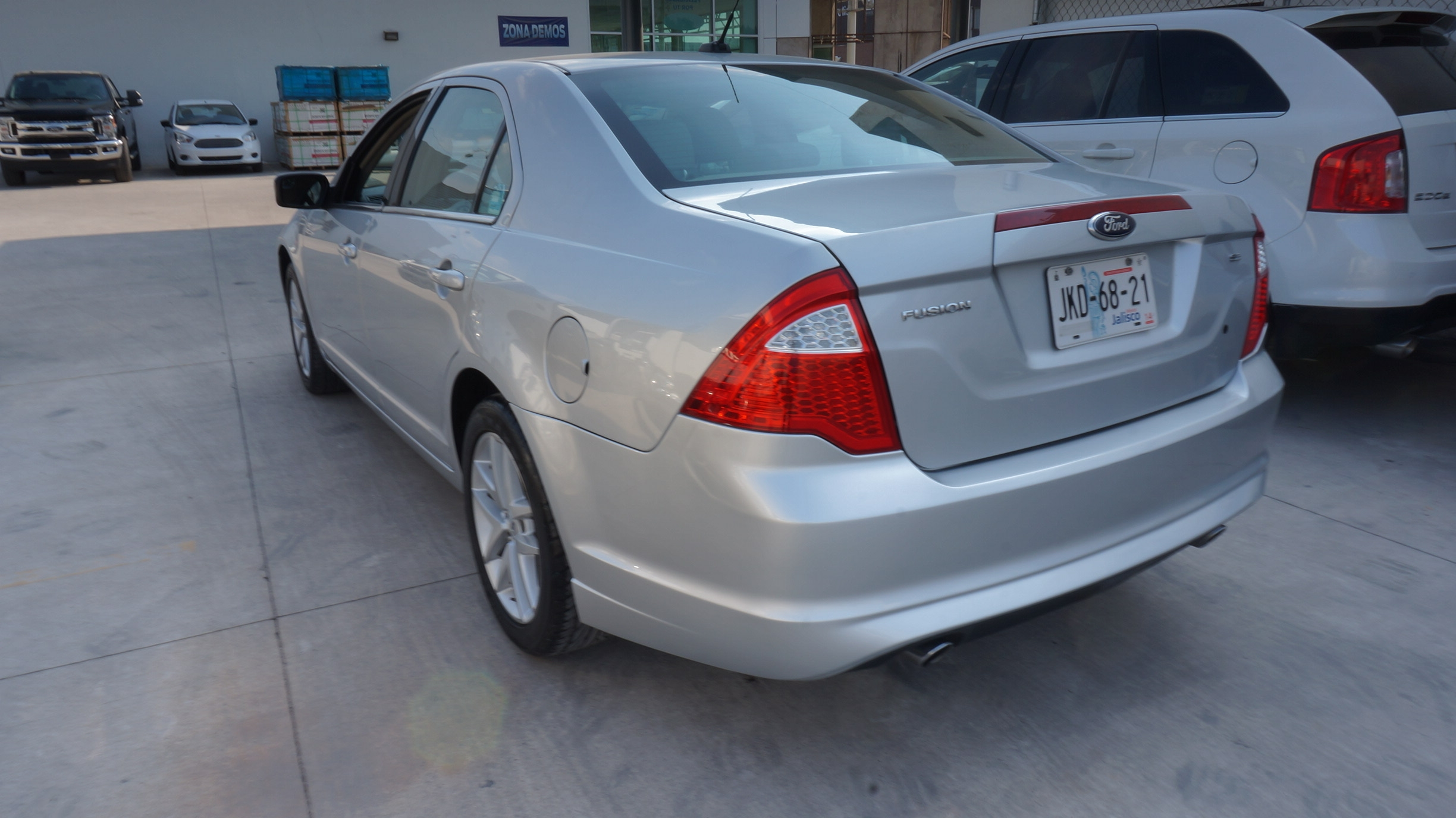 Ford Fusion Lateral derecho 5