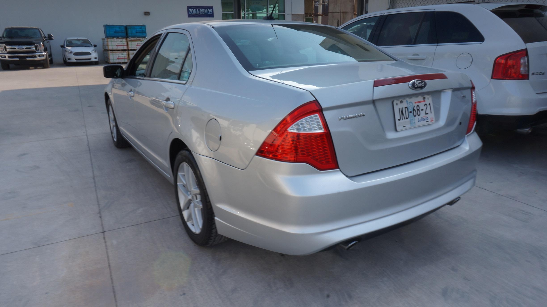 Ford Fusion Lateral izquierdo 5