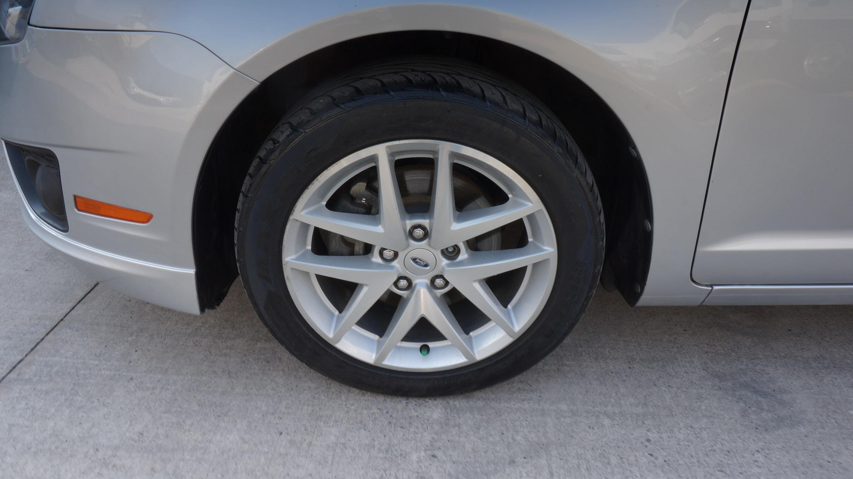 Ford Fusion Atrás 6