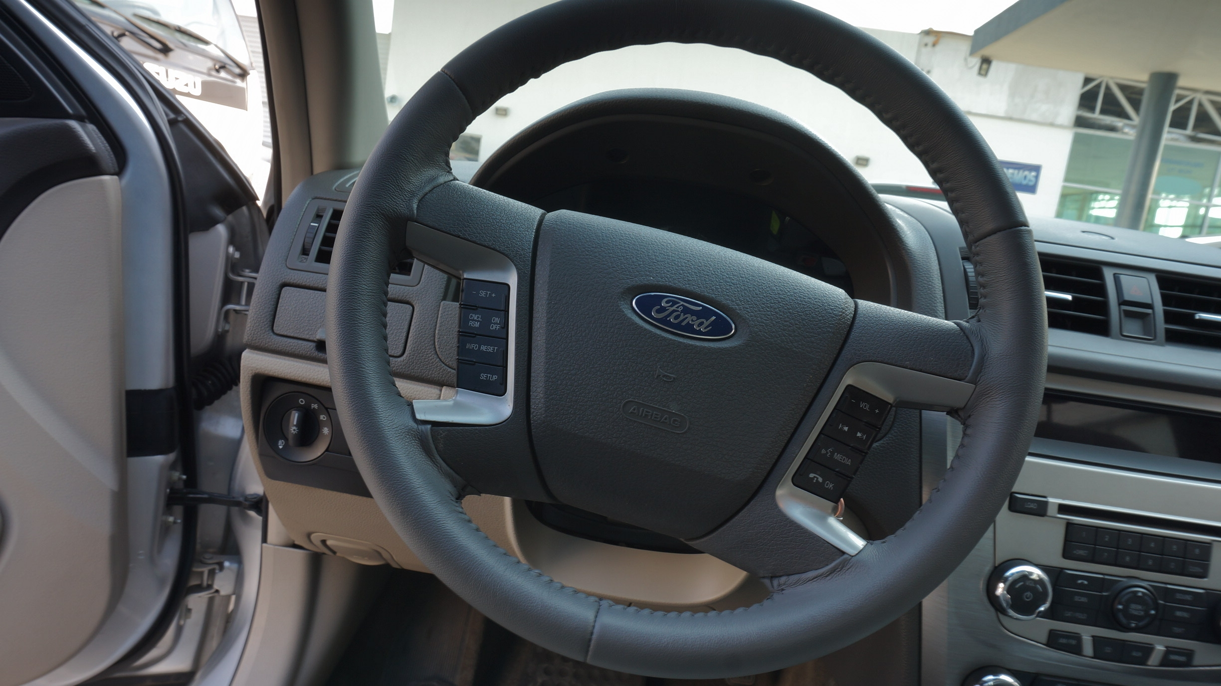 Ford Fusion Asientos 9