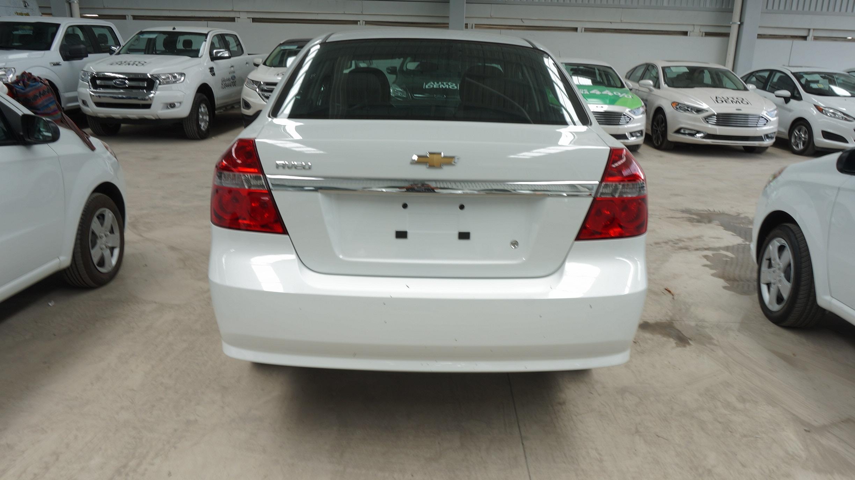 Chevrolet Aveo Atrás 4