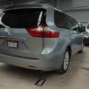 Toyota Sienna Llantas 3