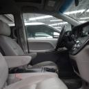 Toyota Sienna Atrás 15