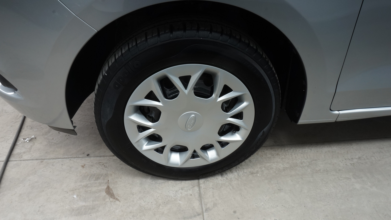 Ford Figo Arriba 4