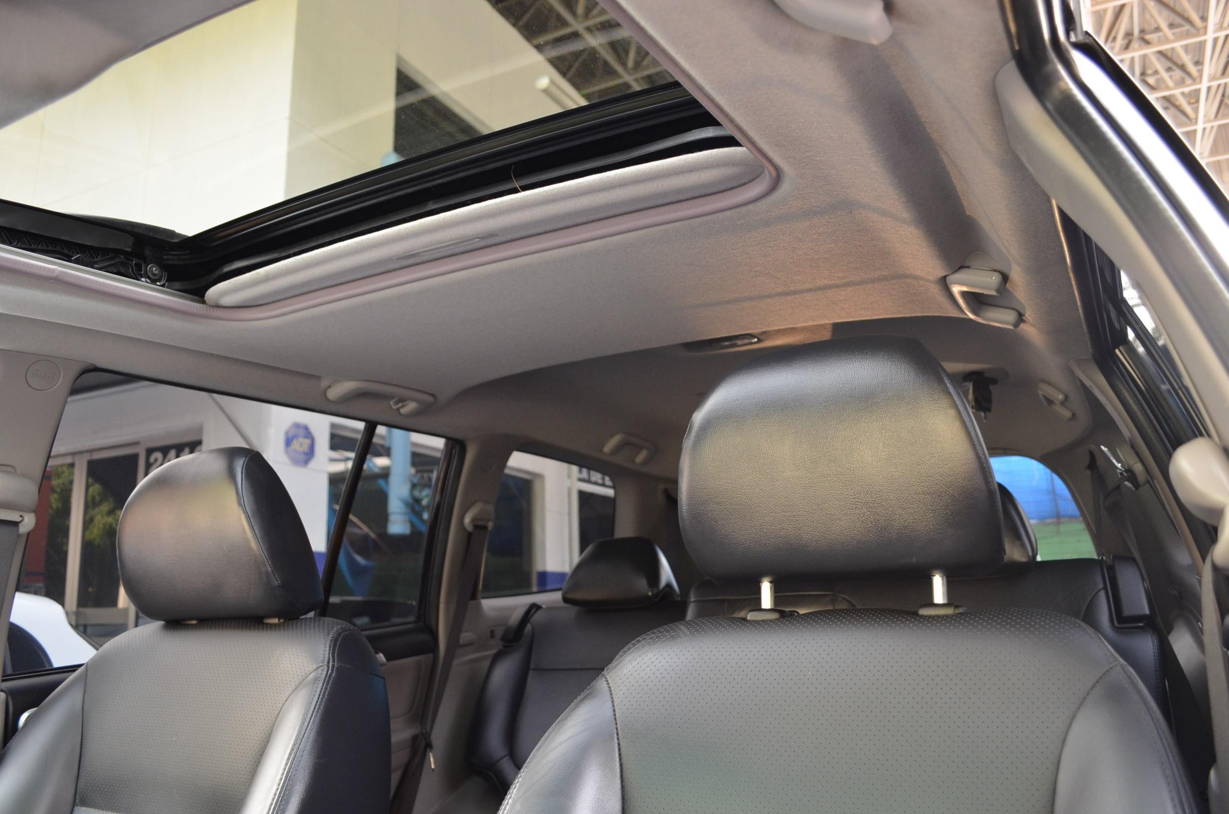 Mitsubishi Montero Sport Tablero 16