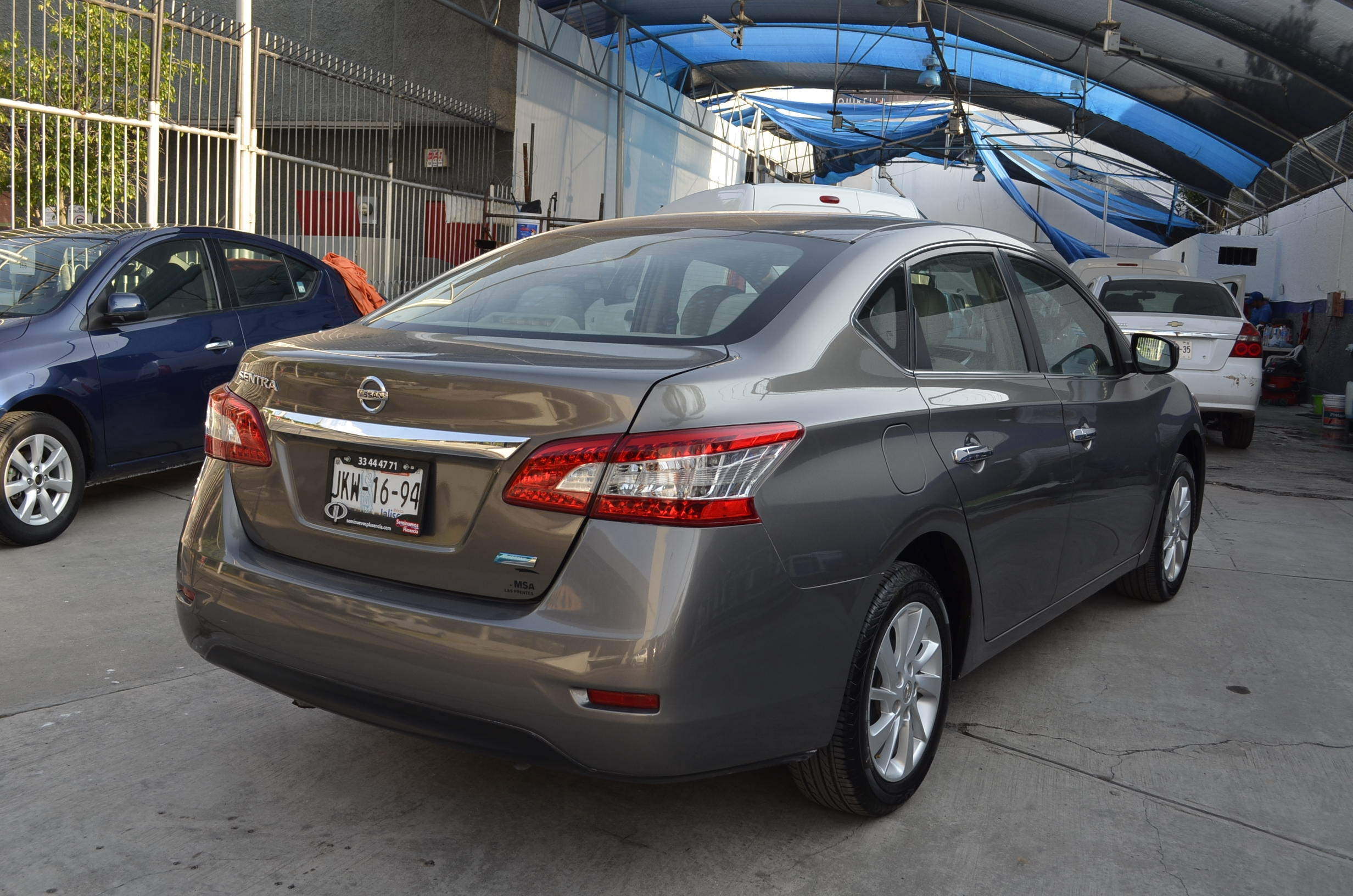 Nissan Sentra Arriba 4