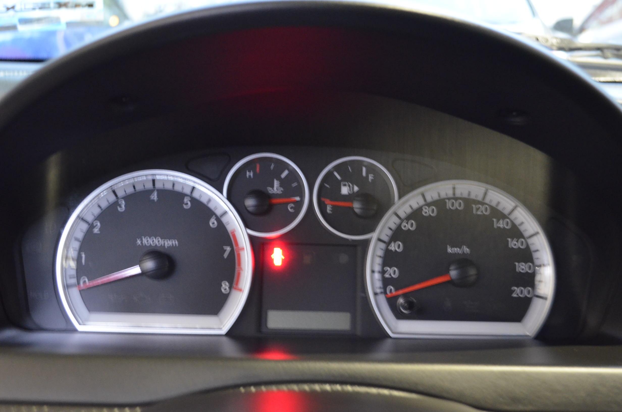 Chevrolet Aveo Lateral izquierdo 10