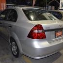 Chevrolet Aveo Lateral derecho 12
