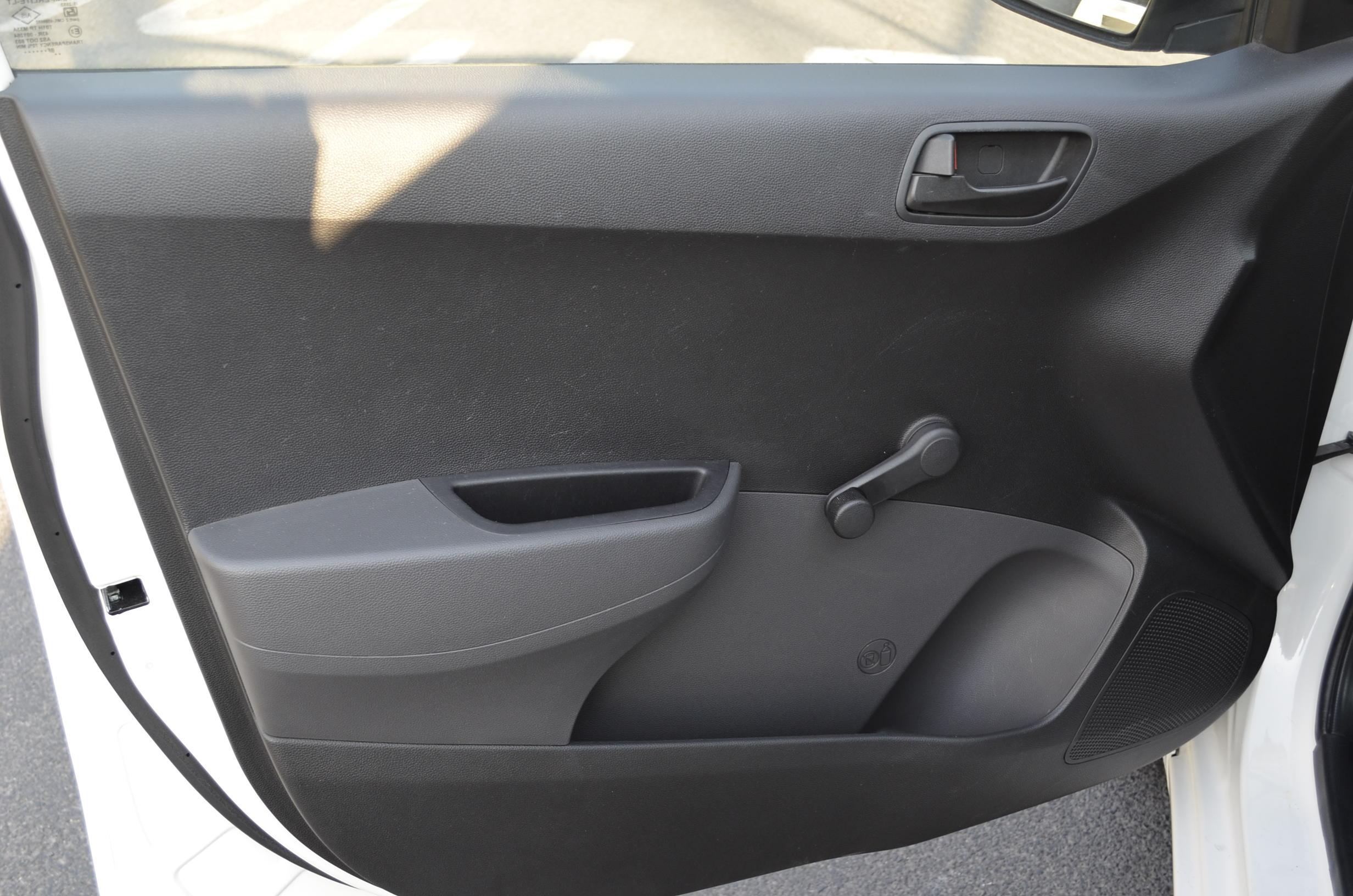 Hyundai Grand i10 Interior 7