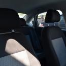 Volkswagen Vento Atrás 16
