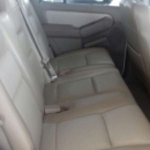 Ford Explorer Limited 4x2 4.6L V8 2010