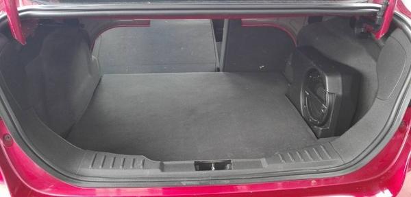Ford Focus Lateral izquierdo 2