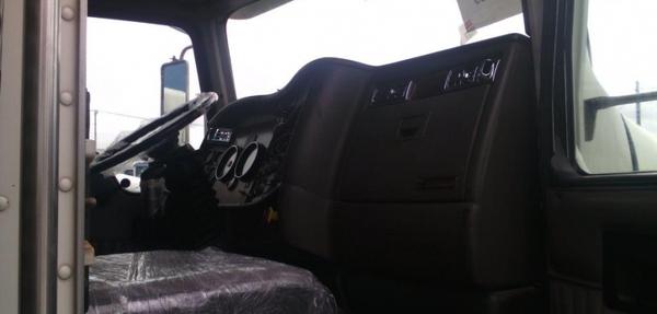 Kenworth T800 Asientos 10