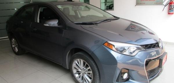 Toyota Corolla Frente 15