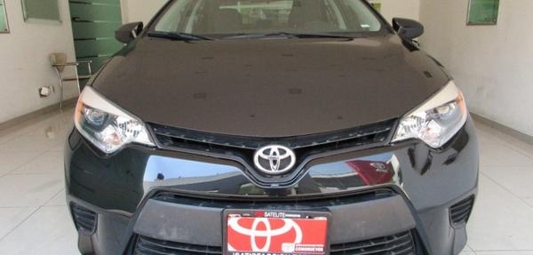 Toyota Corolla Lateral izquierdo 13