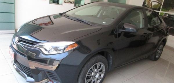 Toyota Corolla Arriba 12